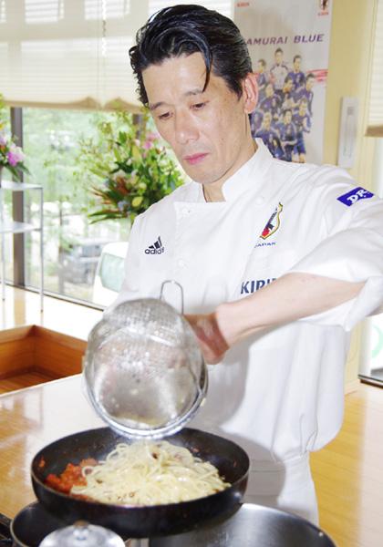 W杯に挑む日本代表を支える「母の味」