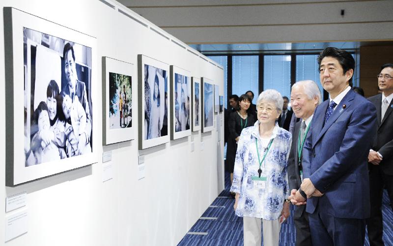 安倍首相「全拉致被害者の帰国促す」