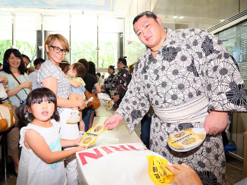 13日から名古屋場所、遠藤関の人気は大関級
