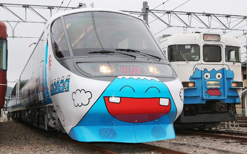 「フジサン特急」に新型車両8000系が登場