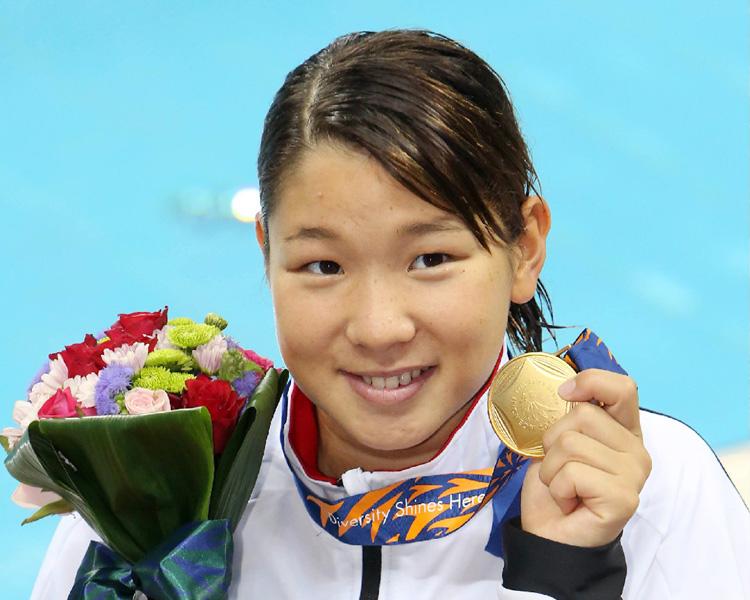 アジア大会、赤瀬紗也香が200背で金メダル