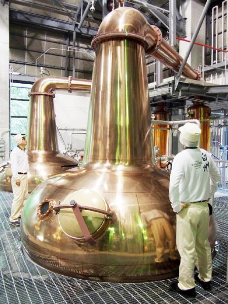ウイスキー人気回復へ、高級品の生産・販売強化