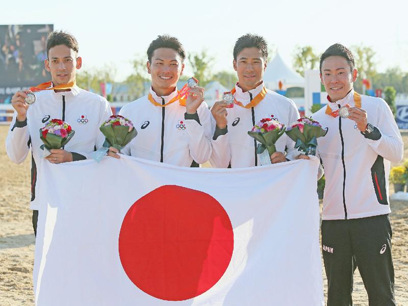 男子団体、「最高の日和、このメダルを礎に」