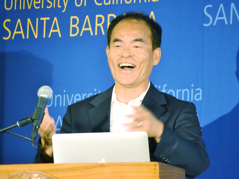 ノーベル賞受賞の中村修二さん、勝因は「怒り」