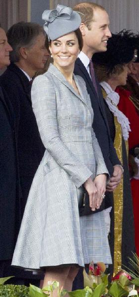 英キャサリン妃、妊娠発表後初めて公式の場に