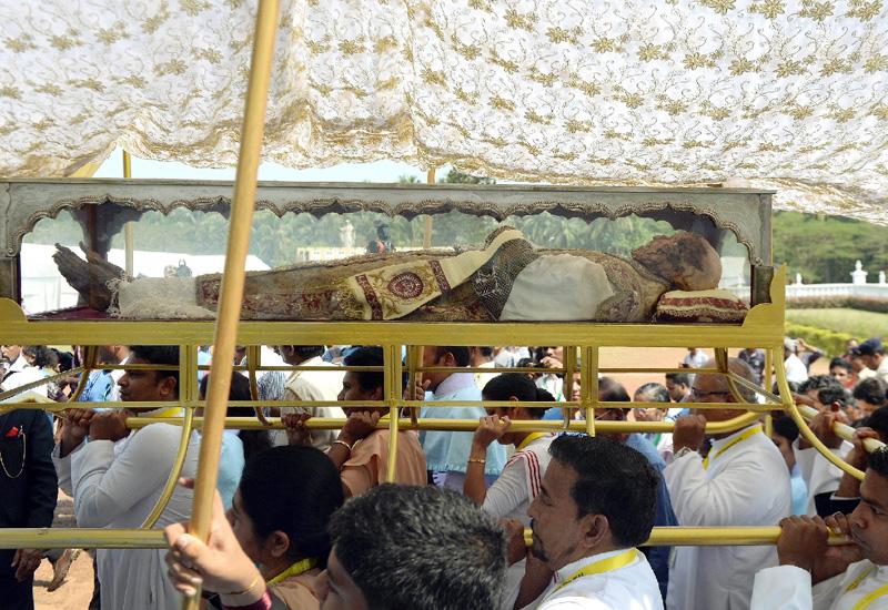 インド・ゴア州で、ザビエルの遺体を公開