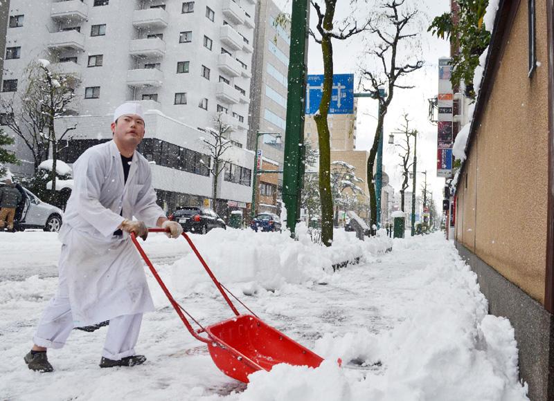 気象庁、きょうも大雪に警戒を呼び掛け