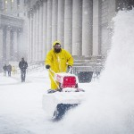 米北東部に「歴史的」暴風雪