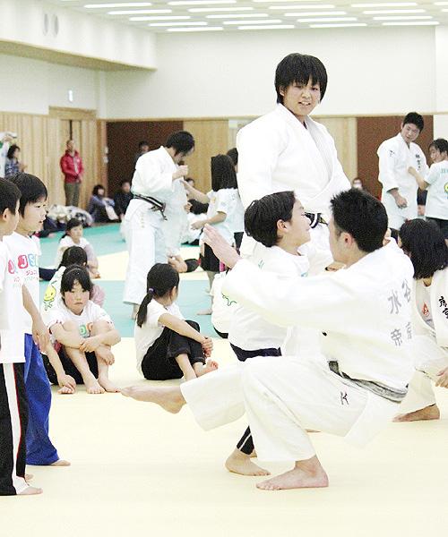 帝京大でスポーツ普及イベント