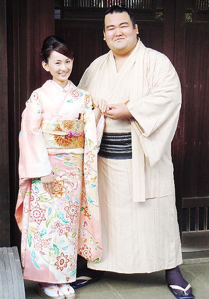 大関琴奨菊関「人生を一緒に乗り越えたい」