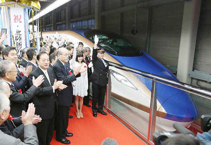 東京-金沢を直結、「北陸新幹線」が延伸開業