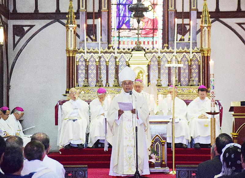 信仰打ち明けから150年、大浦天主堂で記念ミサ