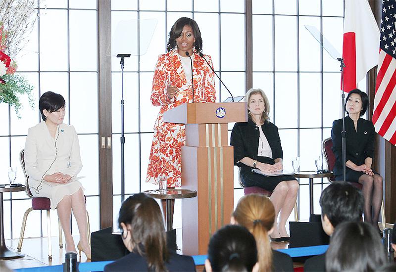 ミシェル夫人、「女子教育は最善の投資」