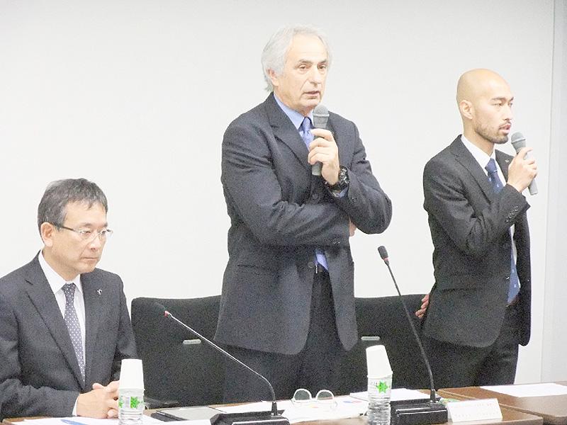 日本代表のハリルホジッチ監督、J社長に熱弁
