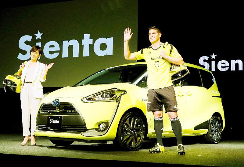 トヨタ、スポーティーな新型ミニバンを発売