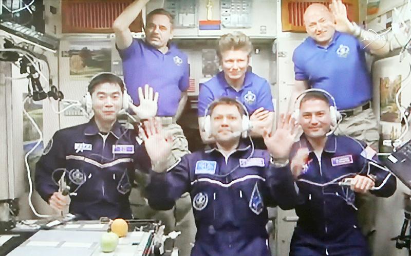 パイロット出身の油井亀美也さん、初の宇宙へ