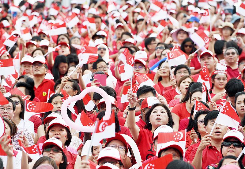 シンガポール建国50周年、祝賀イベントを開催