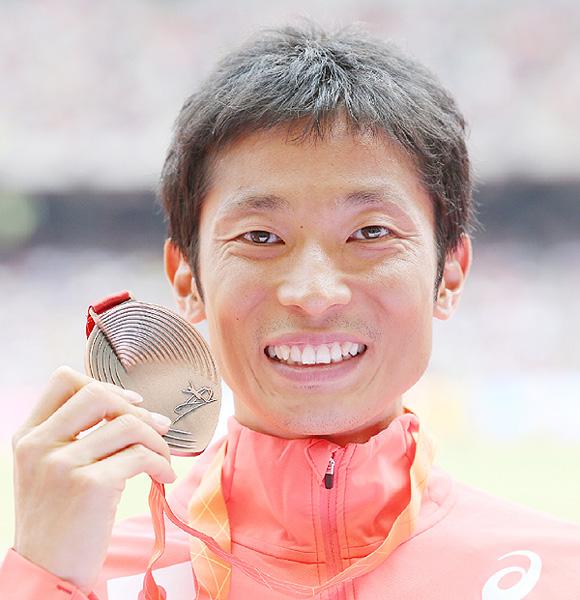 谷井孝行が歴史刻む表彰台、荒井と誓ったメダル