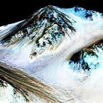 NASAが発表、火星に今も水の流れか