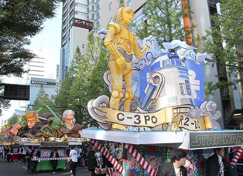 「カワサキ・ハロウィン」が開催、2500人参加