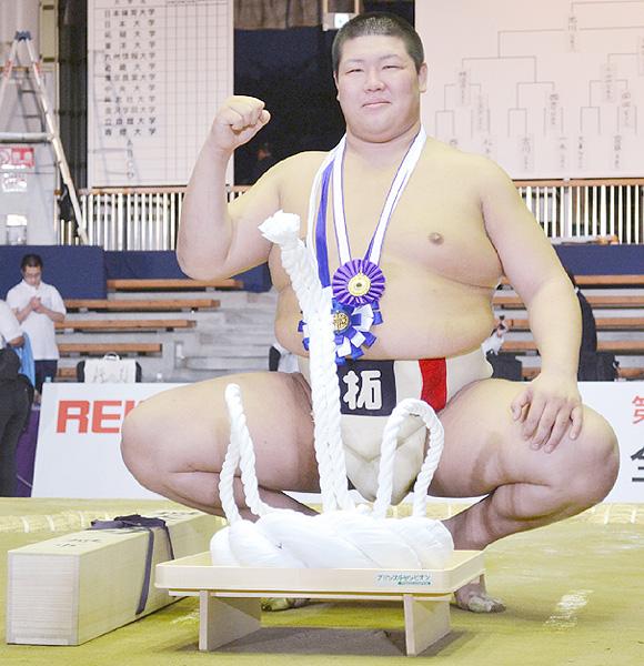 個人戦決勝で拓大2年の黒川宏次朗が学生横綱
