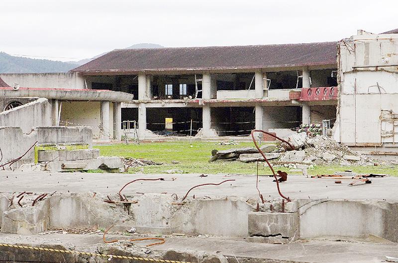 大川小学校の校舎保存をめぐって、意見割れる