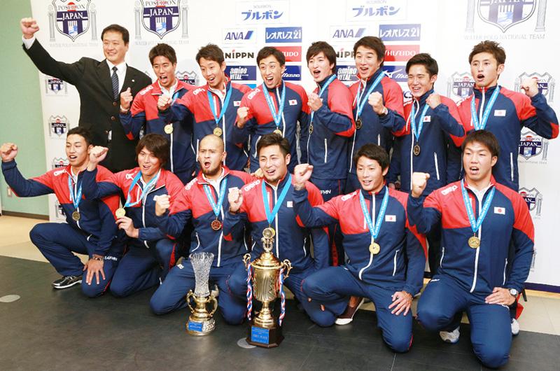 水球男子の日本代表、32年ぶりの五輪に喜び