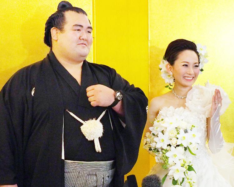 琴奨菊が結婚披露宴「妻をいっぱい笑顔に」